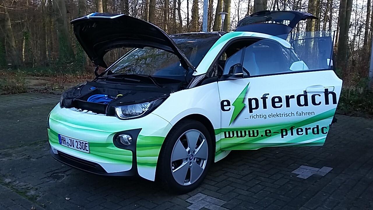 Da laufen die e-Pferdchen! – Aktionstag zur Elektromobilität